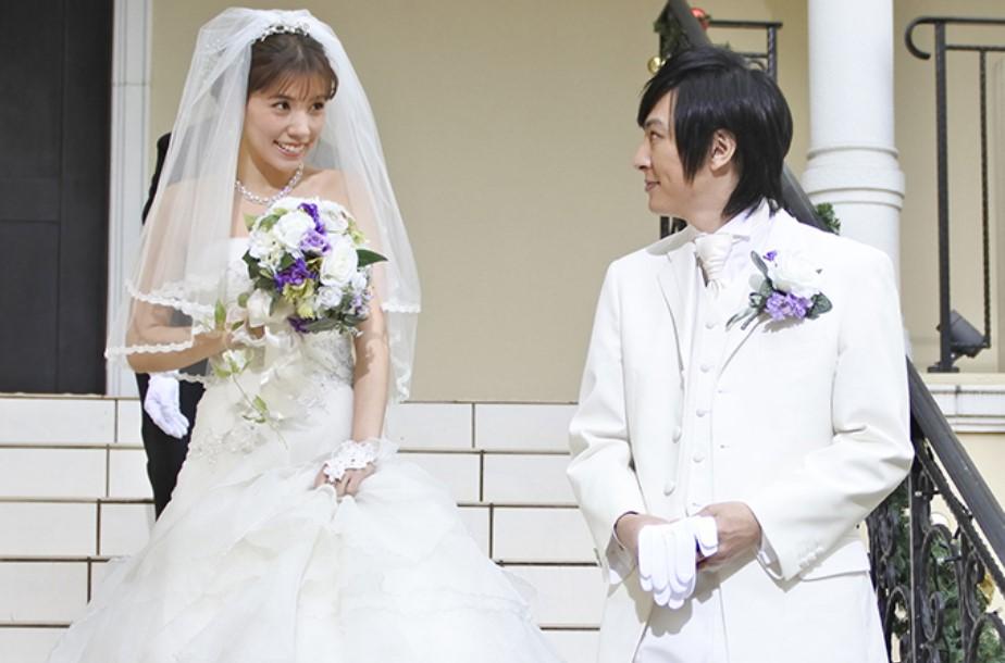 ホリラブ1話の結婚式の画像